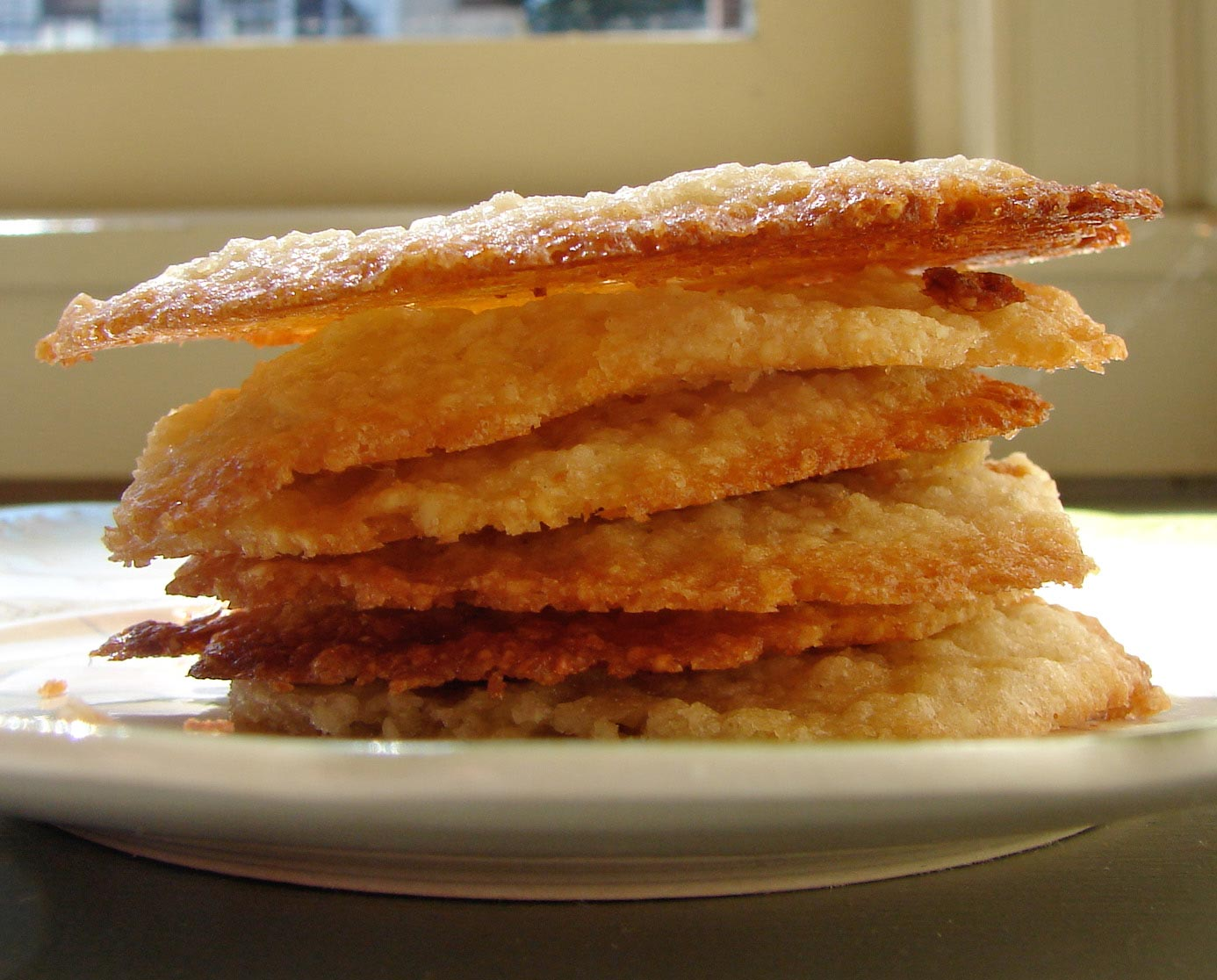Crispy lacy almond cookies out of the ordinary