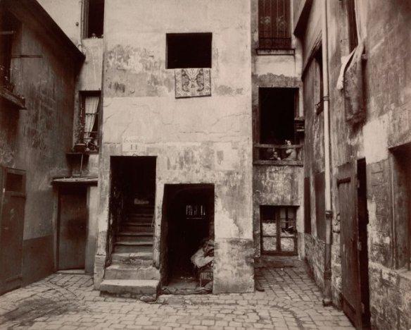atget2012_cour41ruebroca_1912-web