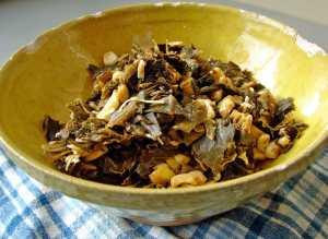 Collards with corn, walnuts and smoked gouda