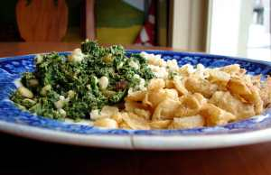 sage roasted butter beans and spinach with raisins and pine nuts