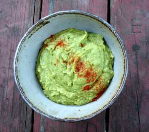 Spinach and herb hummus