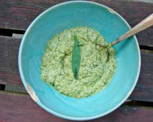 tarragon and walnut pesto