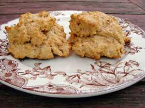 Whole wheat & cream cheese drop biscuits