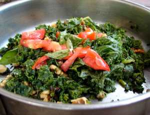 Kale, walnuts and capers