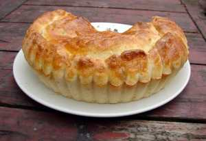 Brioche-crusted pie