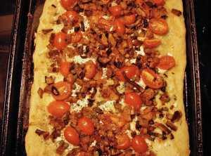 Roasted sweet potato and shallot pizza