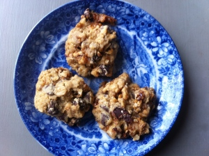 Oatmeal chocolate chip pecan praline cookies