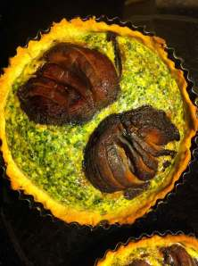 Portobello and spinach tart